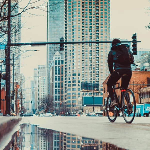 bike to work in city